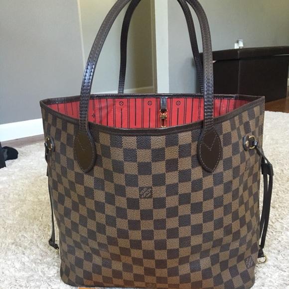 Louis Vuitton Handbags - Authentic preowned lv Neverfull MM DE